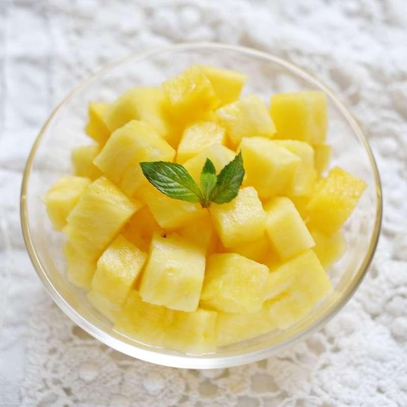 Ananas coupé en morceaux
