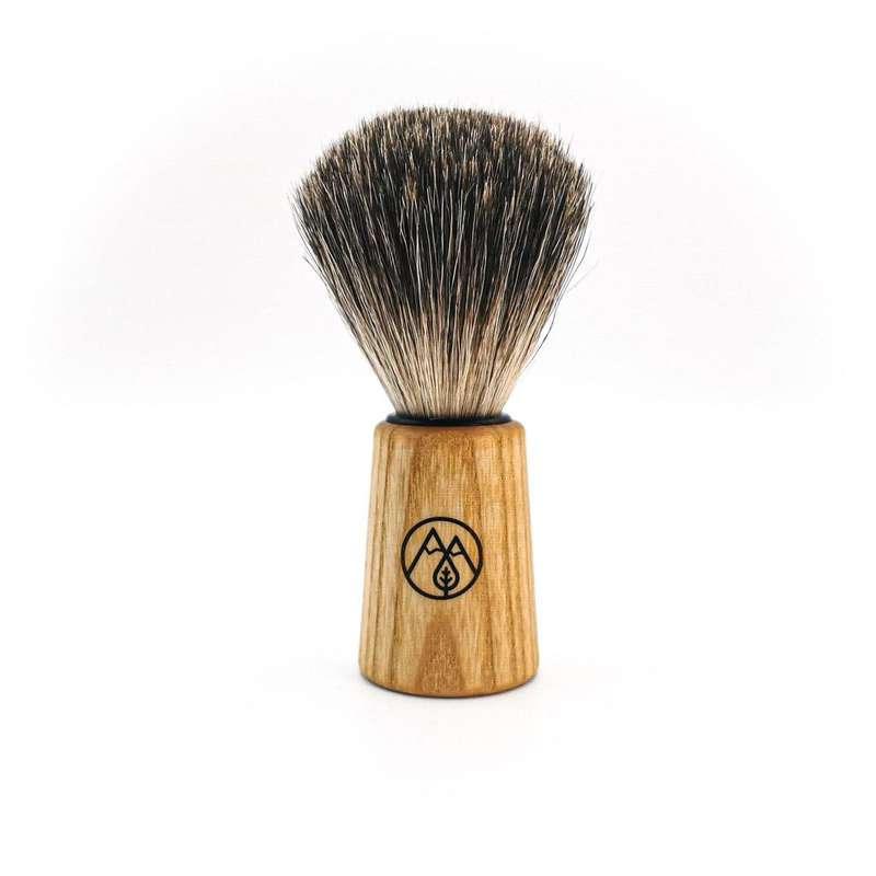 Blaireau de rasage, Into the beard