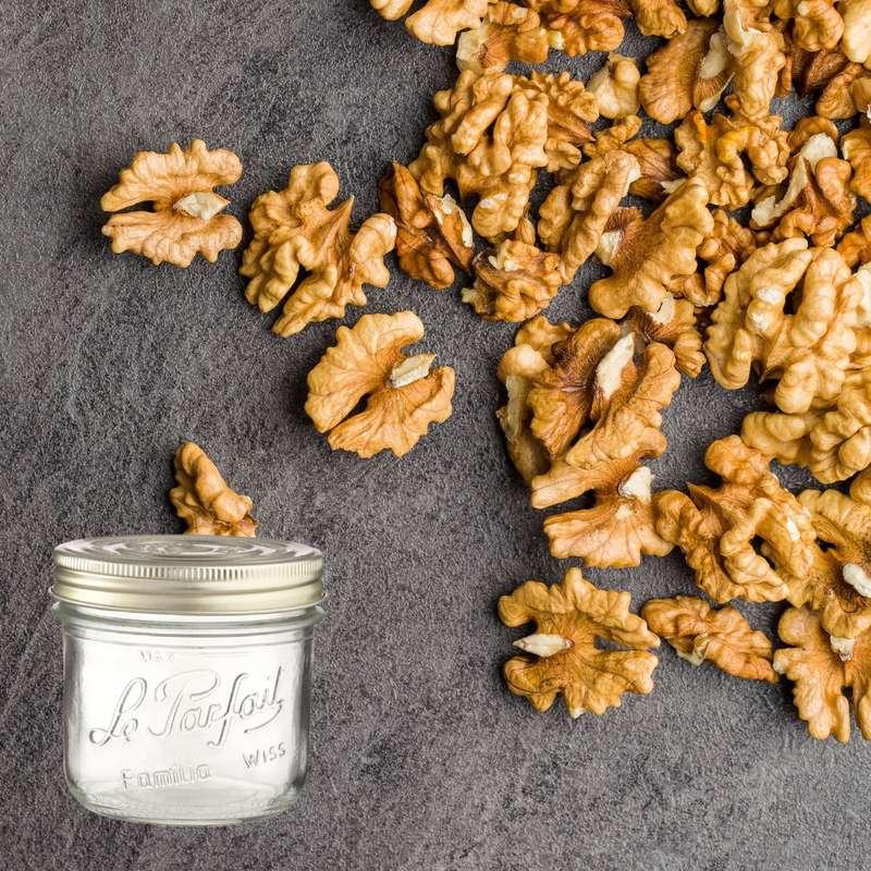 Cerneaux de noix entiers BIO bocal consigné / 2,5€ récupérable (150 g)
