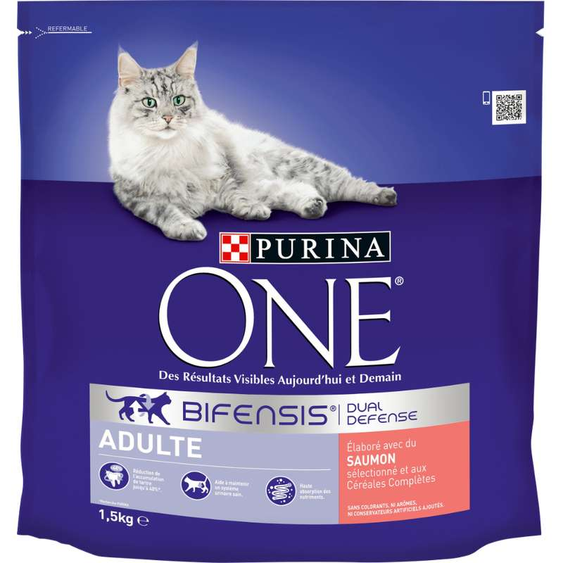 Croquettes pour chat adulte au saumon, Purina One (1.5 kg)