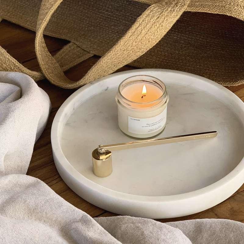 Éteignoir à bougie gravé doré, Candlebox Provence