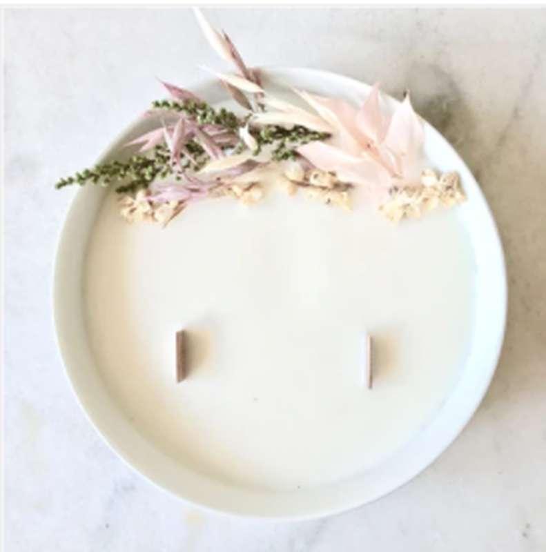 Grande bougie fleurie A l'ombre du figuier, Organic Cocoon (16 x 2,5 cm)