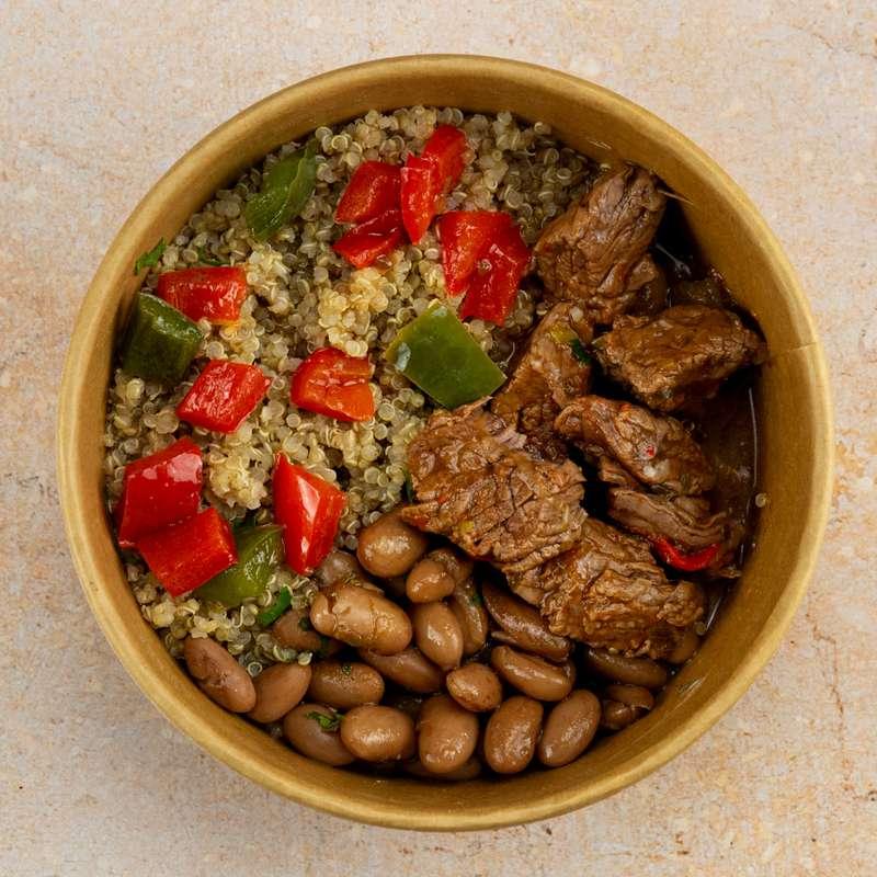 Ragoût de boeuf, quinoa, haricots Pinto et poivrons (300 g)
