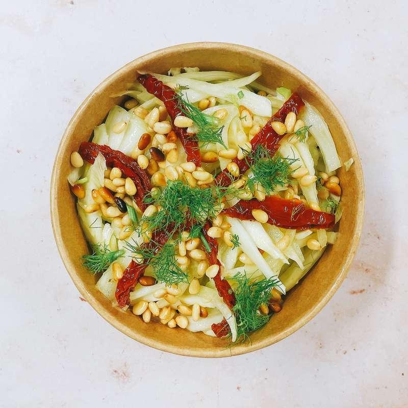 Salade de fenouil, tomates confites et pignons de pin (240 g)