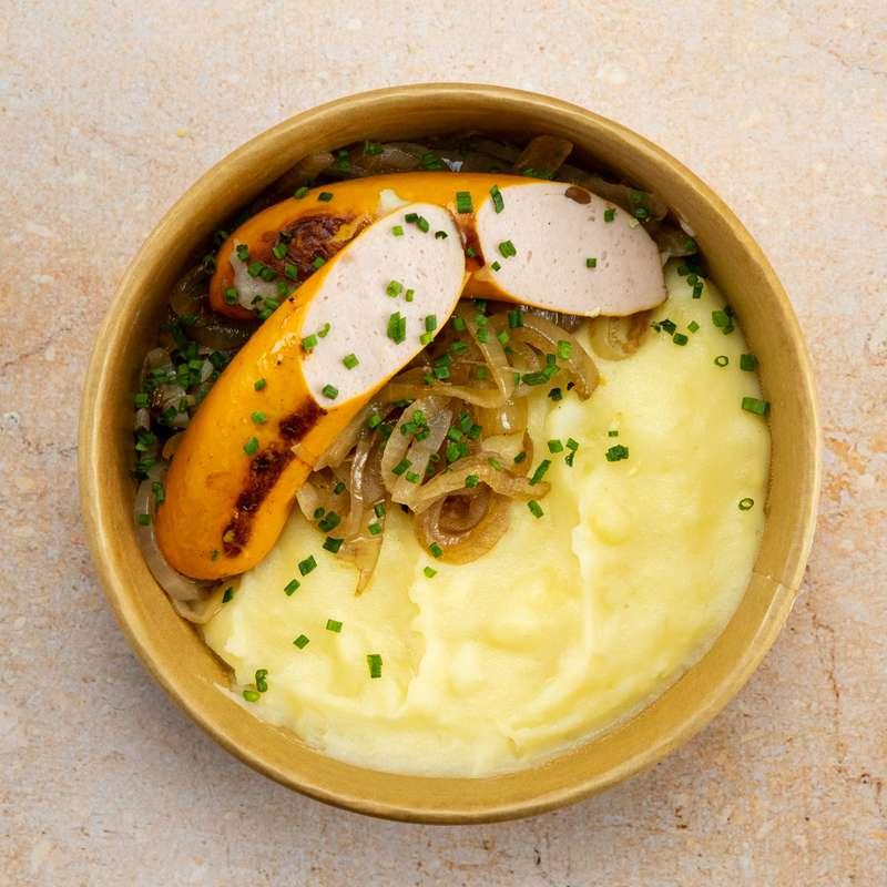 Saucisse de Francfort, purée de pommes de terre, oignons confits (300 g)