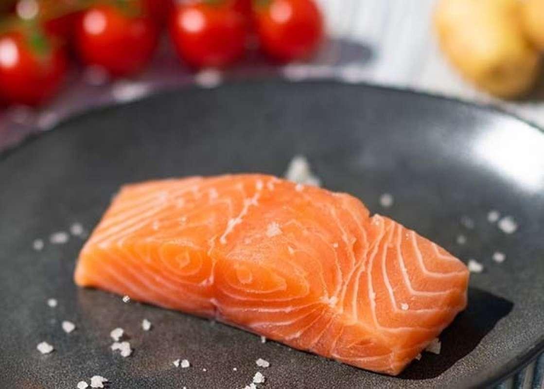 Pavé de saumon élevage non traité des Iles Féroé (environ 140 g avec peau)
