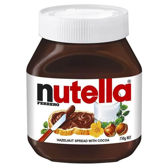 Nutella (975 g)