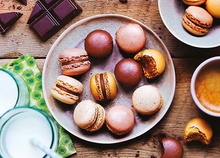 Boîte d'assortiment de 9 macarons artisanaux