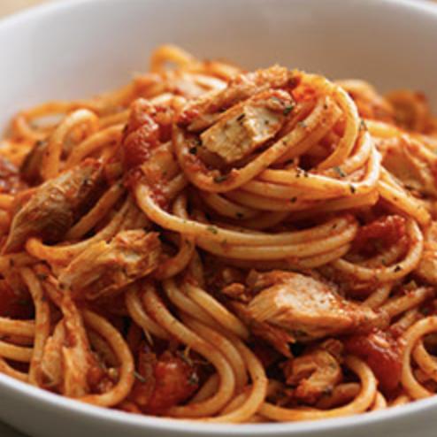 Kit spaghetti al arrabiata (sacla) et au poulet (pour 2)