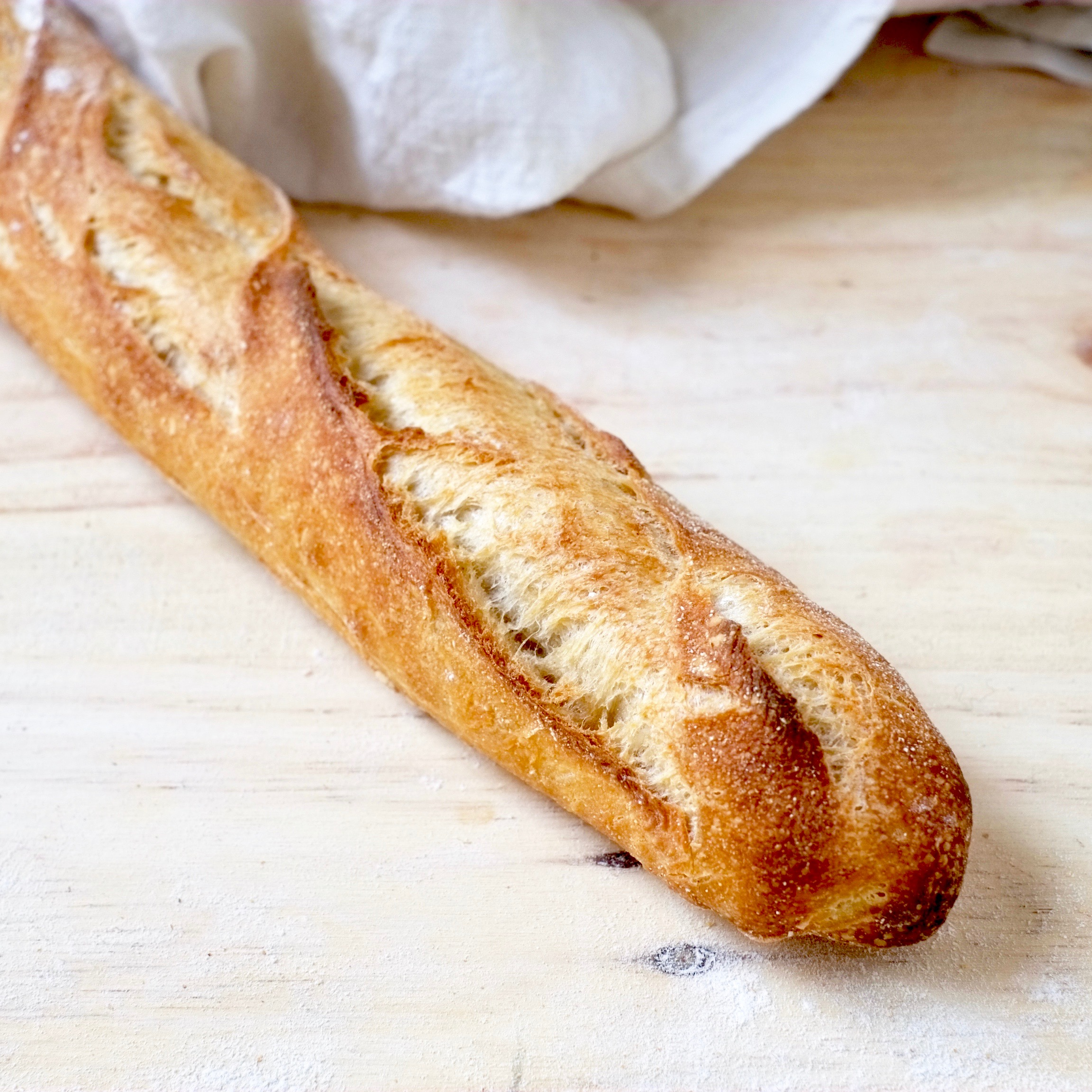 1/2 baguette tradition par Benjamin Turquier (110 g)