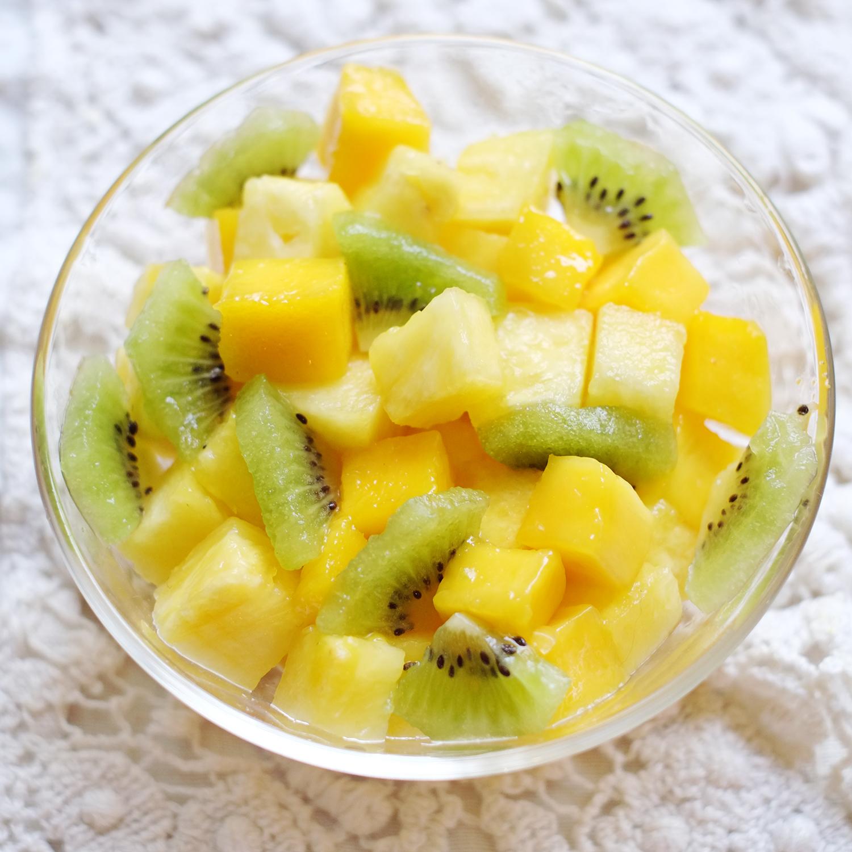 Fruits frais coupés (environ 150 g)