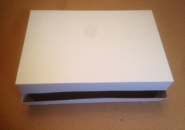 Grande boite blanche (pour grands plateaux/viennoiserie)