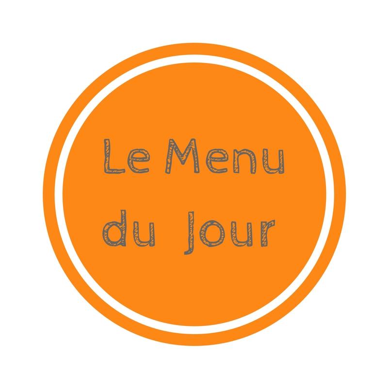 LE MENU : 4 brochettes mangue crevettes, Salade de lentilles feta et orange , Mangue coupée en morceaux