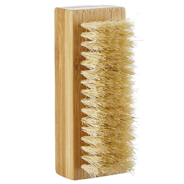 Brosse à ongles, Avril