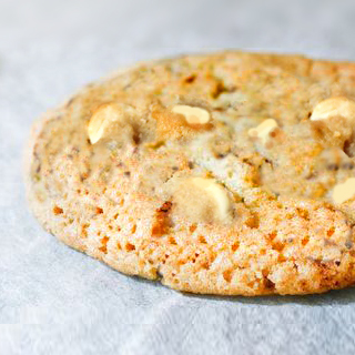 "Grand cookie au chocolat blanc ""chocolate chip cookies"", Rachel's Cake (environ 100 g)"