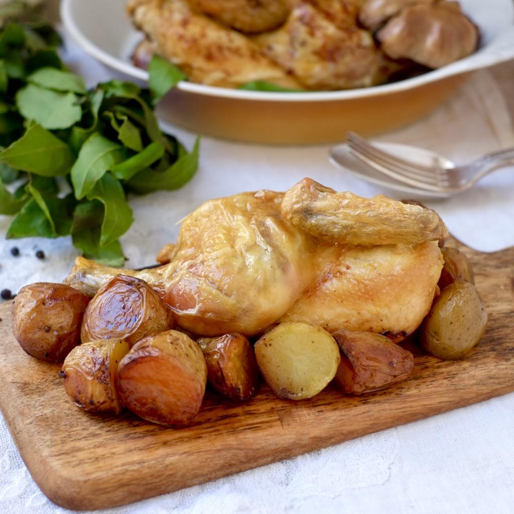 Demi coquelet rôti, pommes de terre confites