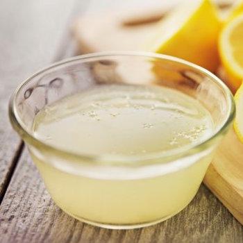 Jus de citron jaune fraîchement pressé pour cuisiner (4 cl)