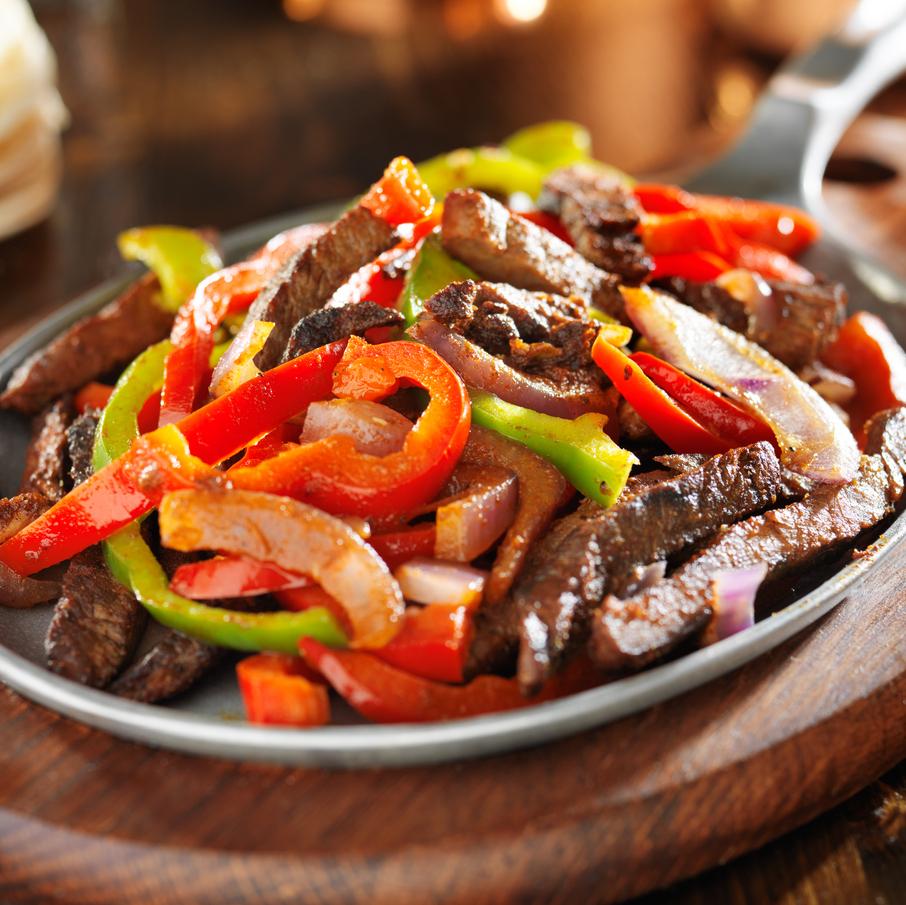 Poêlée de bavette de boeuf aux épices et aux légumes pour fajitas (400 g, pour 3 ou 4 fajitas)